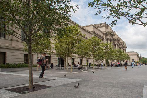 8. Met Museum Plaza_General View_Day