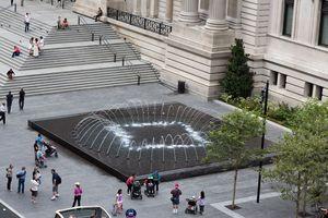 4. Met Museum Plaza_General View_Day